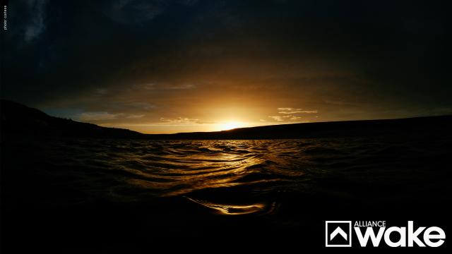 Water_Dark_1440
