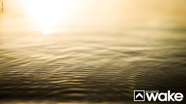 Water_Light_1440