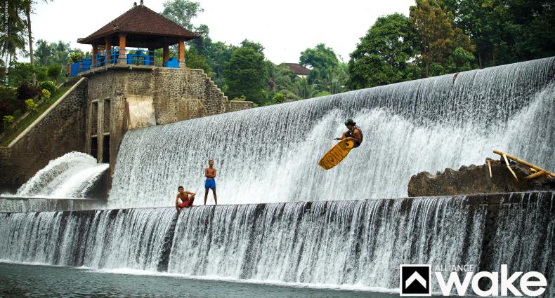 Grant_Waterfall_1440
