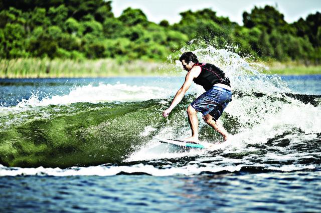 WATSON-SURF-640x426