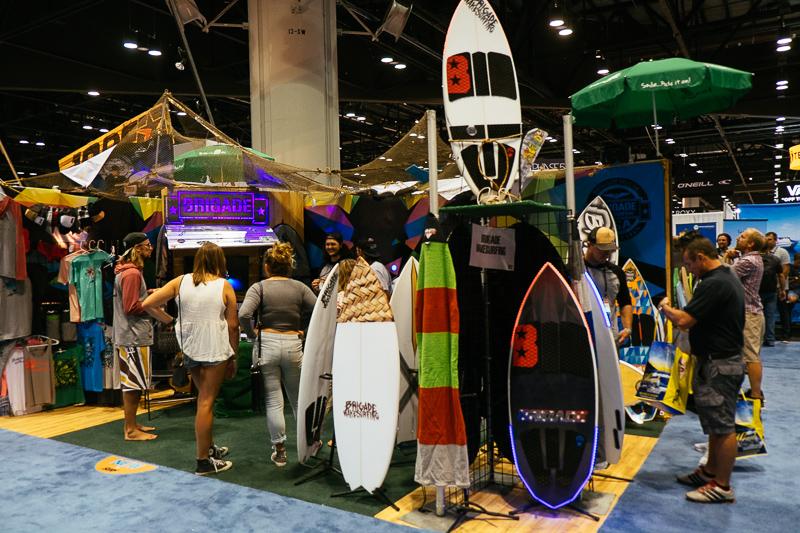 2018 Slingshot >> 2017 BRIGADE WAKESURFING - SURF EXPO - Alliance Wakeboard