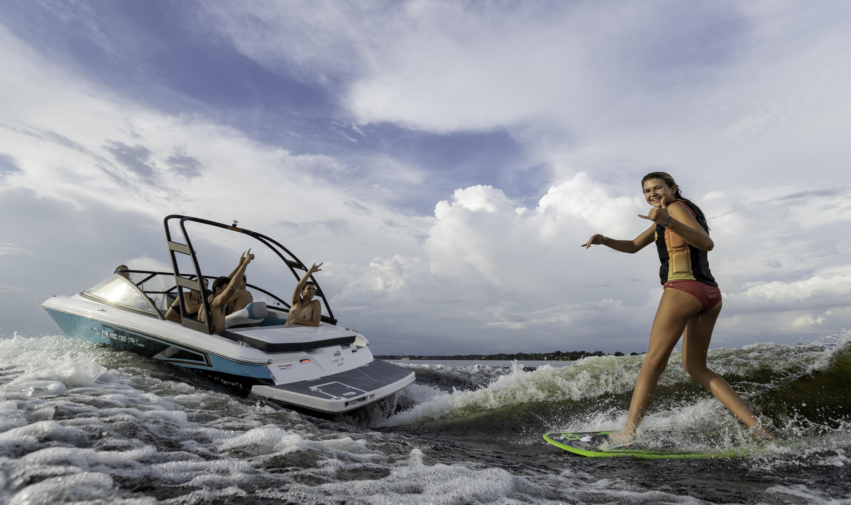 2019 Regal 19 Surf - Alliance Wakeboard